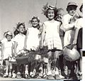 PikiWiki Israel 1187 Jewish holidays תהלוכת ביכורים.jpg
