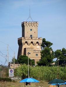 Pineto - torre di Cerrano.JPG