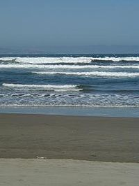 Playa Ritoque Chile.jpg