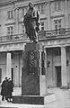 Pomnik Wojciecha Bogusławskiego lata 30.jpg