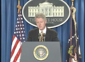 Fitxer:President Clinton's Remarks Regarding Columbine HS Shooting (1999).webm