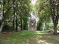 Proix (Aisne) chapelle N.D. de la Salette allée.JPG