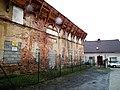 Przemkow, zabytkowy budynek przy cerkwi (3).jpg