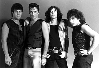 Pappo - Pappo (first from right) reunited Riff in 1985, fltr: Oscar Moro (drums), Vitico (bass), JAF (lead voice, guitar).