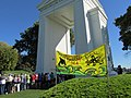 Rally at Peace Arch (15327150062).jpg