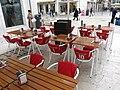 Red cafe on the Rua da Vitória, Lisbon (Photo by swissbert, FlickrId 30904310366).jpg