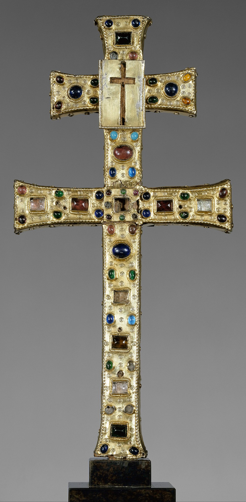 Reliquary Cross (French, The Cloisters)