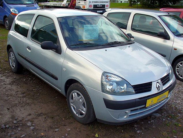 file renault clio ii 1 2 confort authentique facelift jpg wikimedia commons. Black Bedroom Furniture Sets. Home Design Ideas