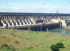 Image illustrative de l'article Barrage d'Itaipu