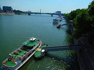 Rhine River at Cologne, Germany. Rhine River at Cologne, Germany.jpg