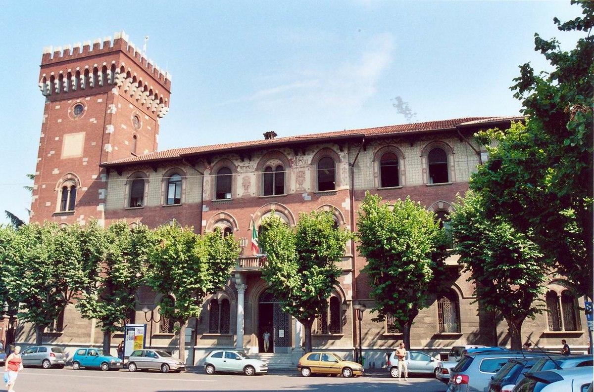 Rho lombardy wikipedia for Immagini di entrate di ville