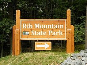 Rib Mt State Park entrance.jpg