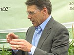 Rick Perry at Pioneer 015 (6310103675).jpg