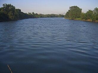 Cosamaloapan - Papaloapan river in front of Cosamaloapan city