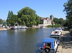 River Medway at Maidstone, Kent - geograph.org.uk - 187940.jpg