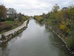 Floden schwechat igennem byen schwechat