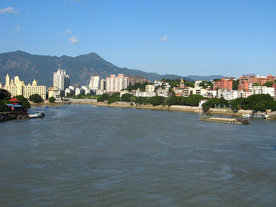 River min and chongseng hill