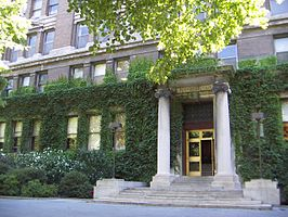 Founders Hall, Rockefeller University