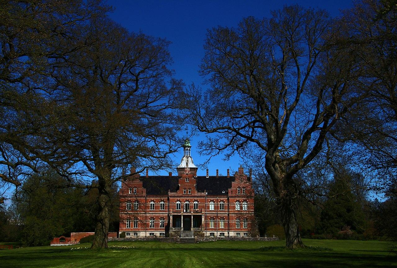 Rosenfeldt Manor.jpg