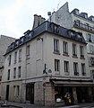 Rue de Crussol angle rue Amelot maison avant 1789.jpg