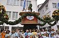 Rutenfest 2011 Festzug Blumenwagen.jpg