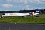 SAS, EI-FPO, Bombardier CRJ-900LR (24348029828).jpg