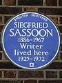 SIEGFRIED SASSOON 1886-1967 Writer lived here 1925-1932.jpg