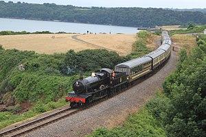 Dartmouth Steam Railway - Image: Saltern Cove 7820 up service
