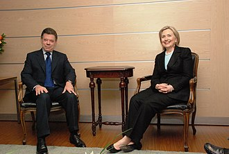 Juan Manuel Santos - Santos and U.S. Secretary of State Hillary Clinton, 9 June 2010.