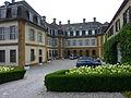 Schloss-Eybach-Innenhof.jpg