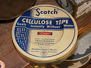 English: Antique Scotch Tape package. Exact er...