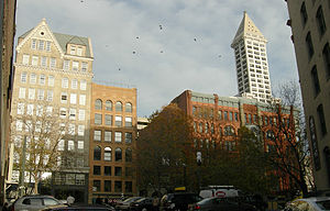 Pioneer Building (Seattle) - Image: Seattle Pioneer Square Park from Post Alley 01B