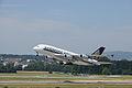 Singapore Airlines Airbus A380 9V-SKL@ZRH 26 07 2013 3.JPG