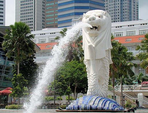 'Singapore Merlion BCT' by Bjørn Christian Tørrissen [CC-BY-SA-3.0 (www.creativecommons.org/licenses/by-sa/3.0) or GFDL (www.gnu.org/copyleft/fdl.html)], via Wikimedia Commons