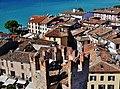 Sirmione Castello Scaligero Blick vom Mastio auf Sirmione 14.jpg