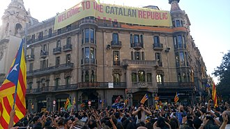 Operation Anubis - A banner with the sentence Welcome to the Catalan republic was hung on the facade of the Catalan economic department.