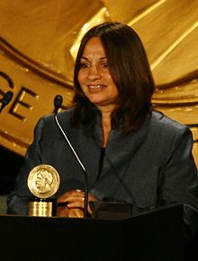 Soraya Sarhaddi Nelson at the 69th Annual Peabody Awards for Covering Afghanistan (cropped).jpg