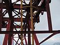 Stâlpul 5-Detalii grinzi transversale si rotițe (telecabina Bușteni)-6Aug2011.jpg