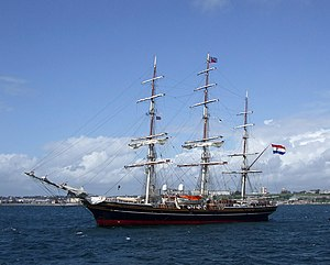 Beagle: In Darwin's wake - The clipper Stad Amsterdam which reenacted the voyage of the Beagle