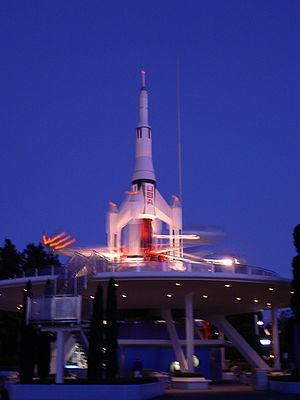 Astro Orbiter - Star Jets at Tokyo Disneyland