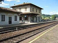 Stazione di Fiesole Caldine Fabbricato viaggiatori lato piazzale del ferro.JPG