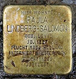 Photo of Paula Lindberg-Salomon brass plaque
