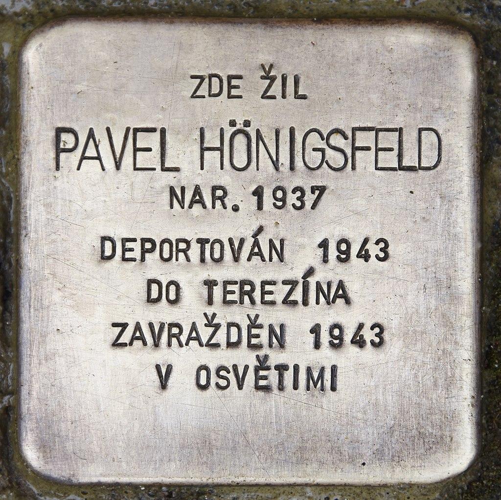 Stolperstein für Pavel Hönigsfeld.jpg