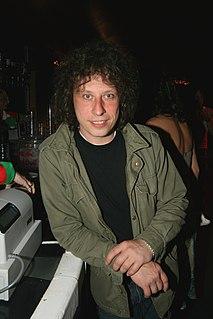Stuart Cable British musician