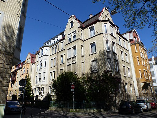 Stuttgart, Eisenbahnstraße 46 (Ecke Theobald-Kerner-Straße), Mietshaus