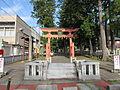 Suwa azuki jinja torii.JPG