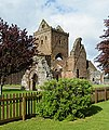 Sweetheart Abbey - geograph.org.uk - 1393557.jpg