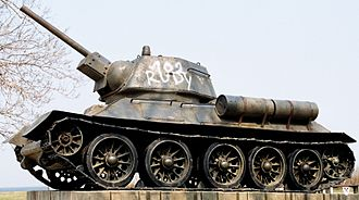T-34 variants - The model 1943 had an all-new hexagonal turret with bulbous trunnion housing.
