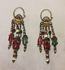 Tashkent Panchpoya earrings.jpg