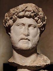 Tête d'Hadrien (Ma 1187)